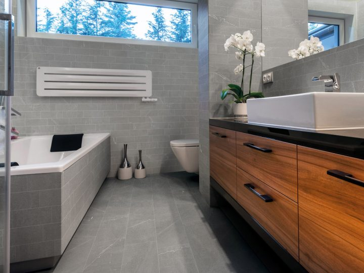 9 Ways To Inexpensively Decorate Your Bathroom trial